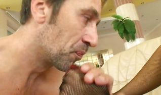 Naked floozy is getting butt fucked and filled up with cum in the end