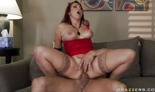 Racy Nicki Hunter is getting that tight bum of hers to gape