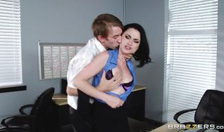 Inviting babe Veruca James with firm natural tits eagerly pumps her booty on a firm trouser snake