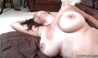Handsome fuckmate viciously plows heavenly brunette Sasha with large natural tits 's shaved young ass
