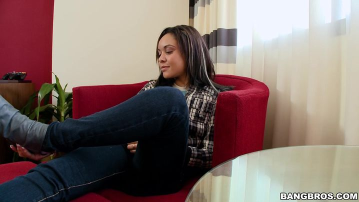 Inviting bombshell Jaslin Diaz is rubbing her putz while getting nailed in the bum by fucker